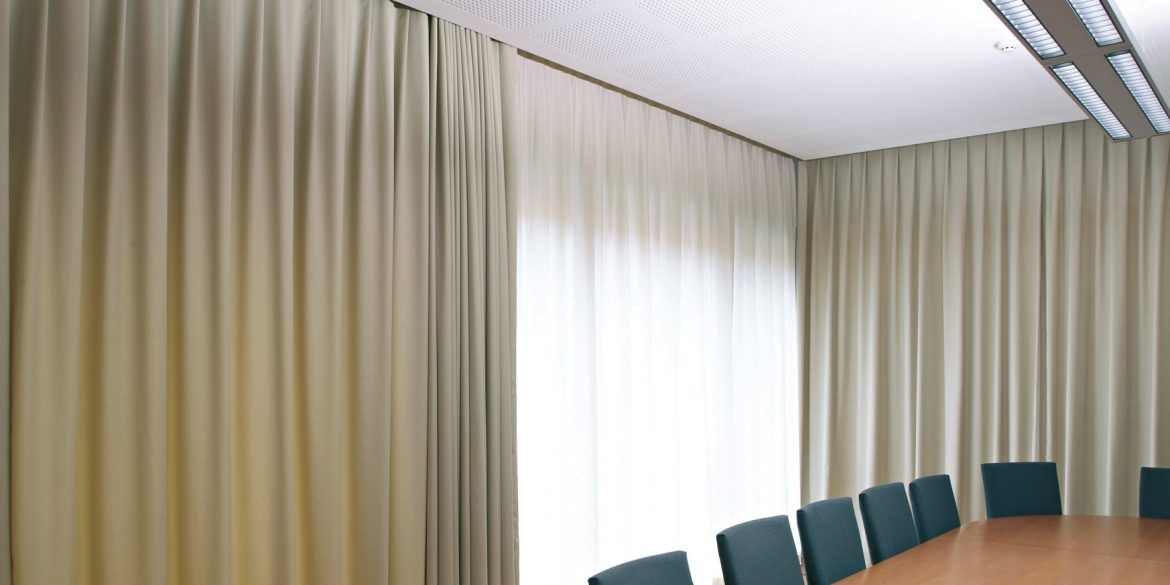 Superieur 5 Reasons To Upgrade To Motorised Curtains In Your Office